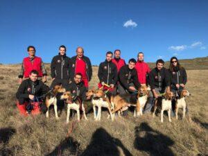 Arén acoge la VII Prueba de Trabajo para Perros de Rastro de Jabalí